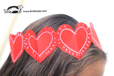 paper heart crown for Valentine's Day