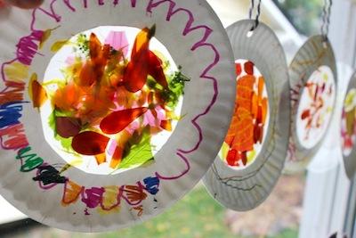 fall nature sun catchers in paper plate frames