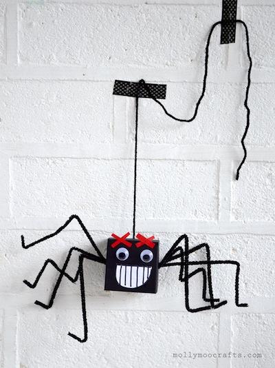 cardboard box spider