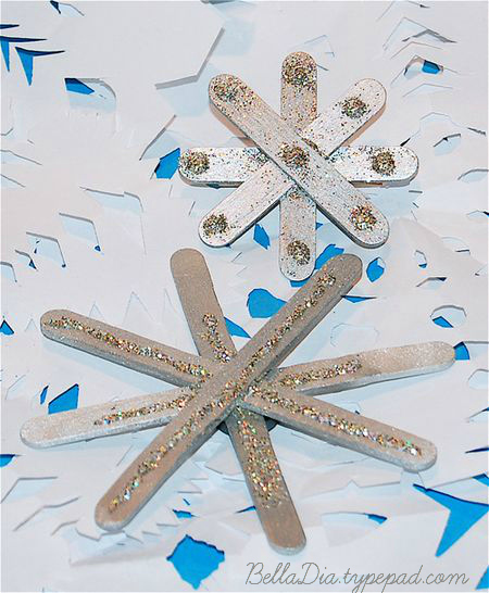 Bella Dia Christmas book and craft advent popsicle stick star craft for kids