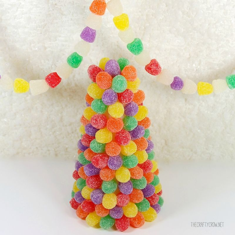 Bella Dia book and activity advent gumdrop tree and garland DIY