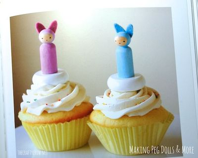 The Crafty Crow Making Peg Dolls & More book review peg doll cupcake toppers