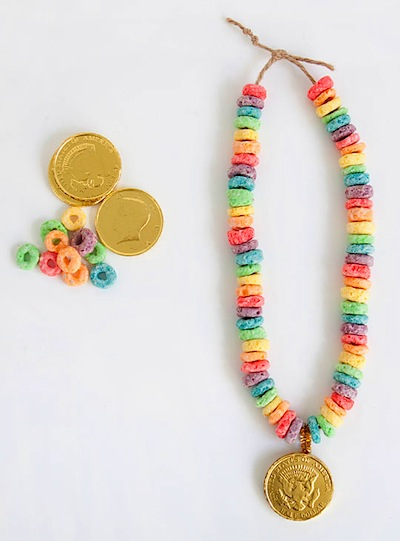 St. Patrick's Day diy lucky rainbow necklace