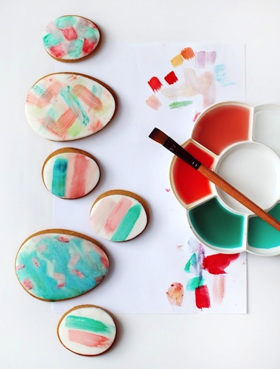 watercolor Easter egg cookies to make