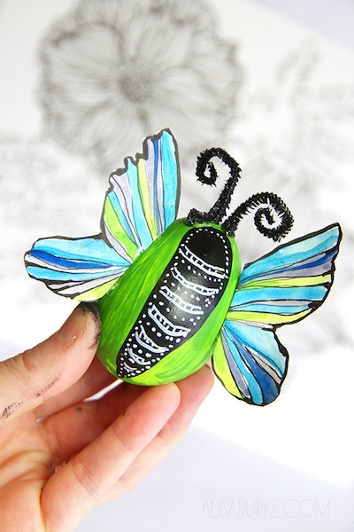 butterfly Easter egg decorating ideas