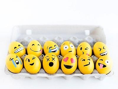 emoji Easter eggs DIY