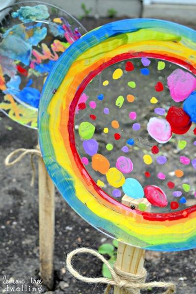 painted plastic plate garden decorations