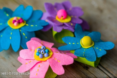 felt flower napkin rings DIY