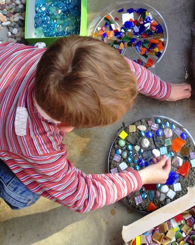 garden stepping stone tutorial kids can make