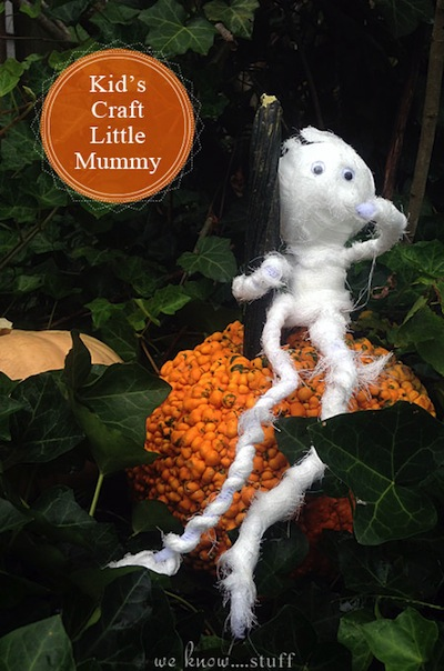 little mummy Halloween craft for kids