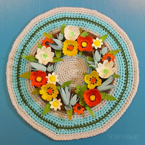 The Crafty Crow fall egg carton wreath craft DIY 3 copy