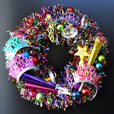 how to make a New Year's wreath