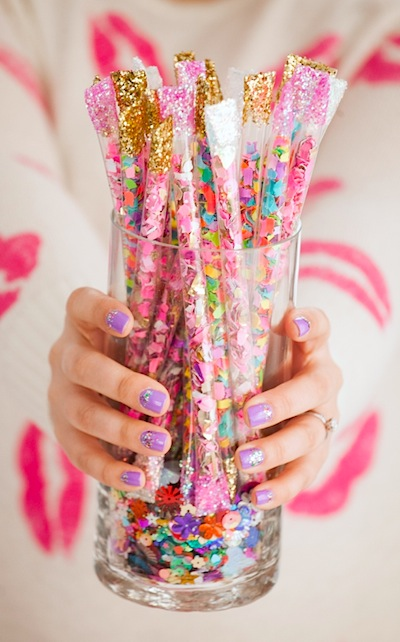 DIY confetti sticks from straws craft for New Year's Eve