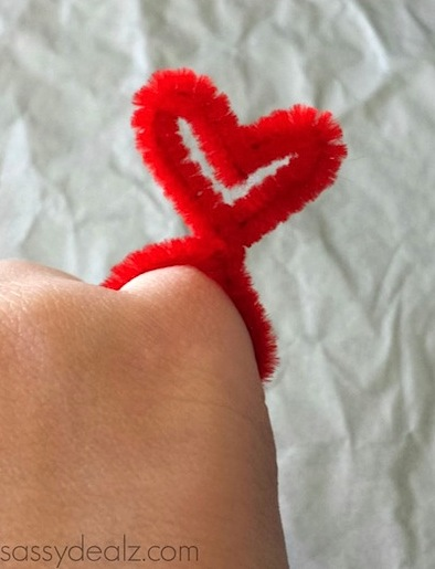 chenille stem heart rings craft tutorial