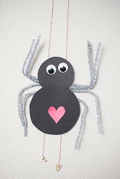 climbing love bug