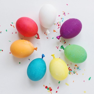 balloon Easter egg decorating idea
