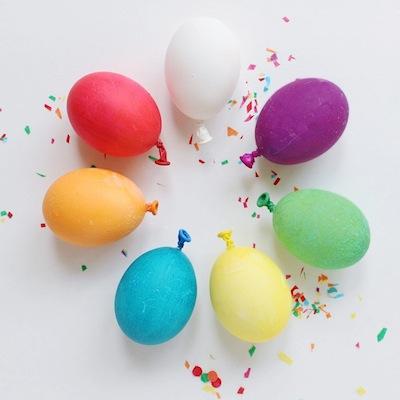 balloon Easter egg decorating idea