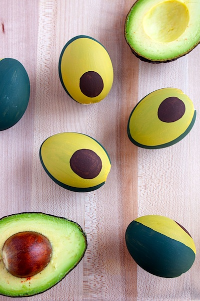 avocado Easter egg decoration ideas
