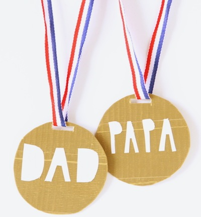 Father's Day medals kids can make craft