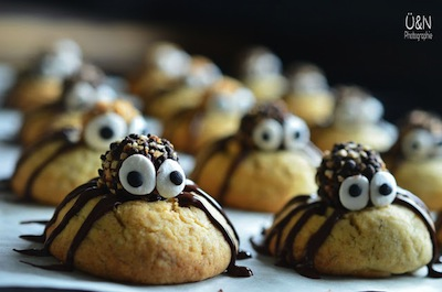 cute spider cookie decoration