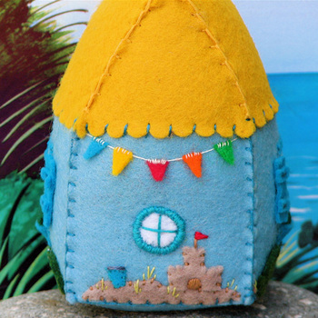 Beach_cottage_back