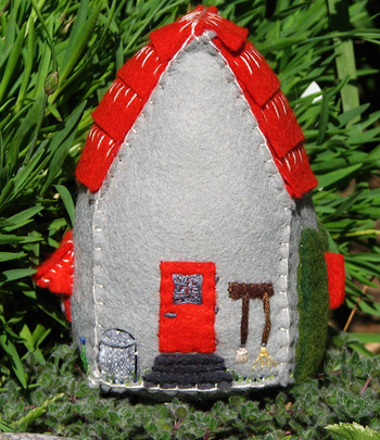 Red_roof_back
