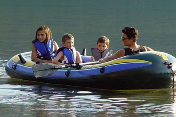 Kids_and_i_in_raft