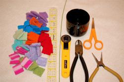 Mini_wool_wreath_supplies