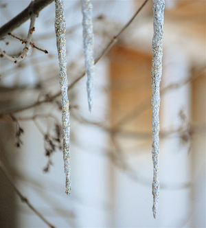 Three_icicles