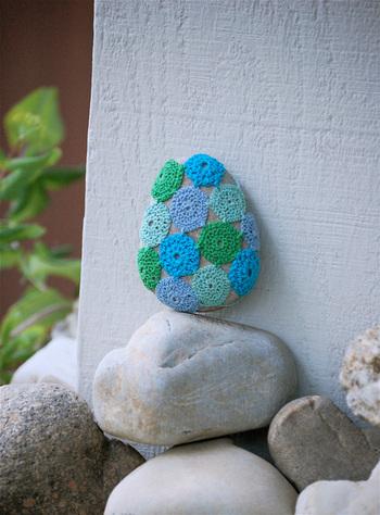 Bella Dia stone crochet