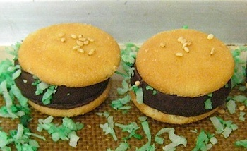 Nilla_wafer_burger_bites