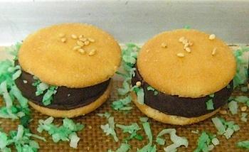 Nilla_wafer_burger_bites