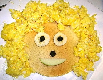 Pancakes_and_scrambled_eggs_face