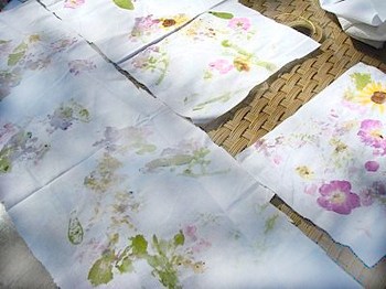 Springthinkingflowerfabric