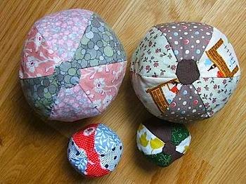Tinyhappysoftballs