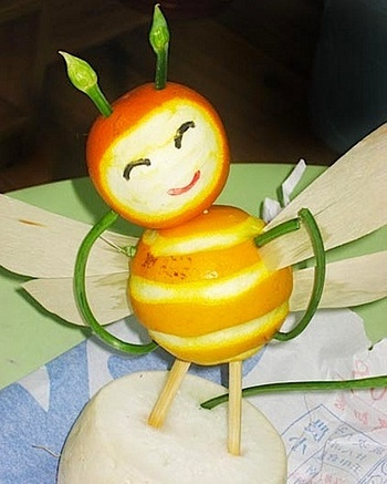 Fruit_bee