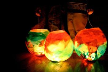 Mayflyballoonlanterns