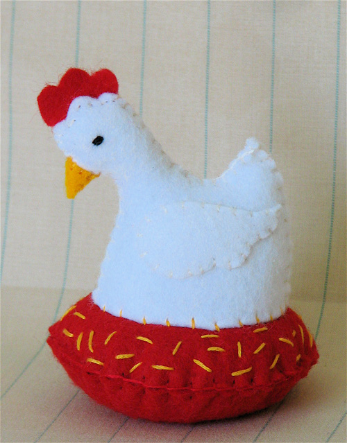Pincushion: Little White Hen