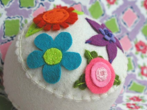 Garden Party Pincushion:  Cream