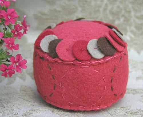 Pincushion: Rings (watermelon)