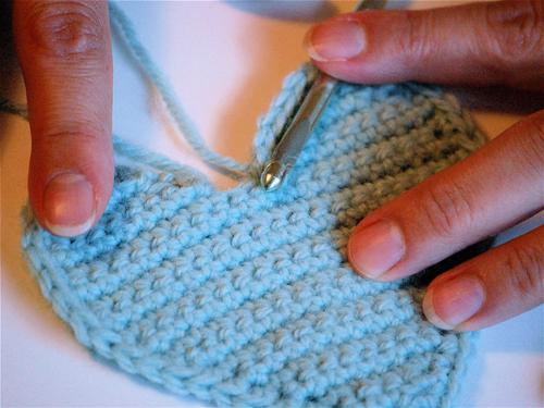 Crocheting A Heart : FREE HEART CROCHET PATTERN - Easy Crochet Patterns